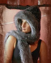grey faux fur hood