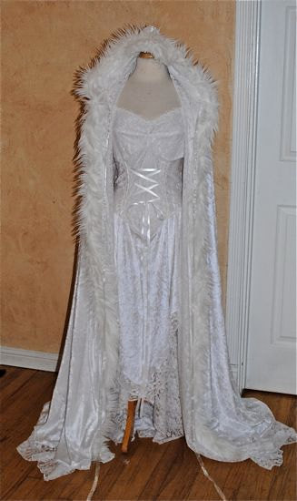 Ideas for a SNOW QUEEN or a WINTER fairy dress this Yule season! u00b7u00b7u00b7 | u00b7u00b7u00b7 Your Fantasy Costume