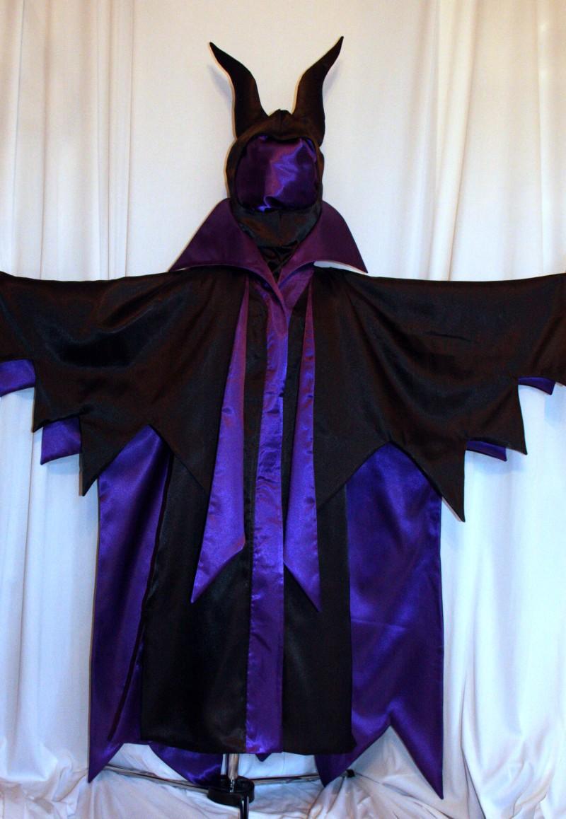 How To Dress Like Maleficent From Disney Sleepy Beauty
